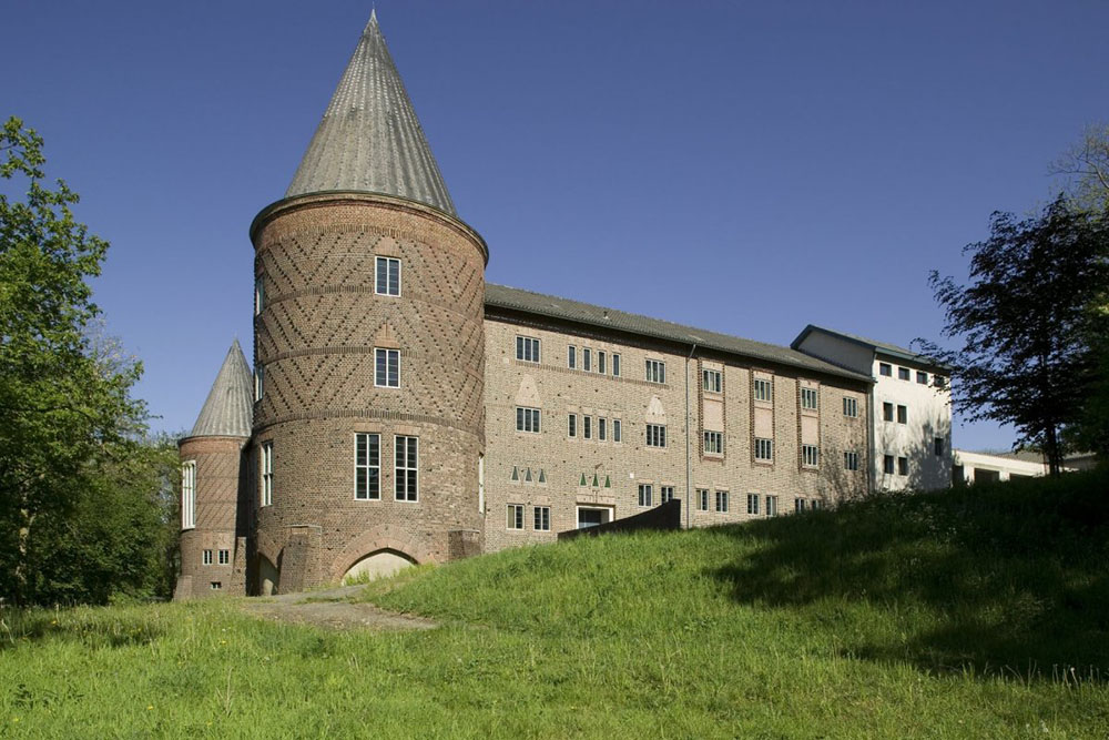 Abdij Sint-Benedictusberg Religieuze gebouwen