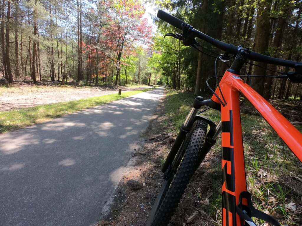 mountainbiken door de veluwe